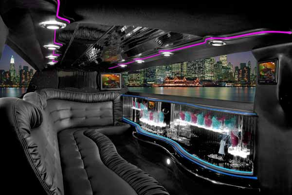 Chrysler 300 limo interior Fort Collins