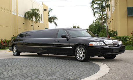 Fort Collins 8 Passenger Limo